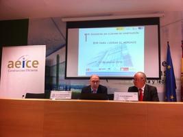 D. Carlos Martín, Director General de Industria y Competitividad de la Junta de Castilla y León y D. Alex Miranda, Presidente de AEICE